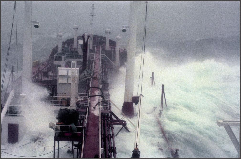 """""""Tempestad en el mar"""" !!! Imagenes Muy buenas.-"""